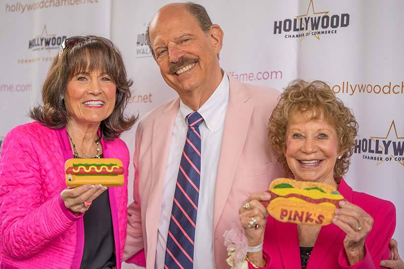 heroes-of-hollywood-luncheon-2017-pinks-hot-dogs-red-carpet