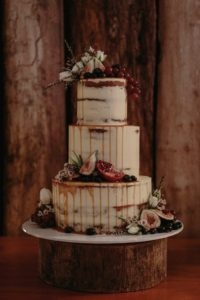 Wedding Cake Trends - Sculpture