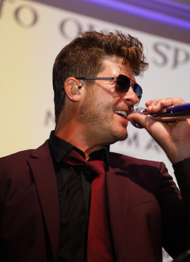 8th Annual Face Forward Gala - Robin Thicke