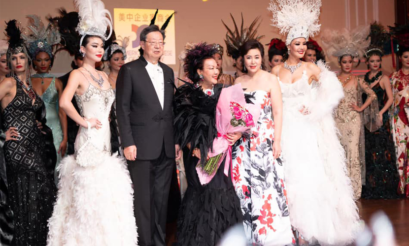 AACS Hollywood China Night At Taglyan Complex - Sue Wong With Models